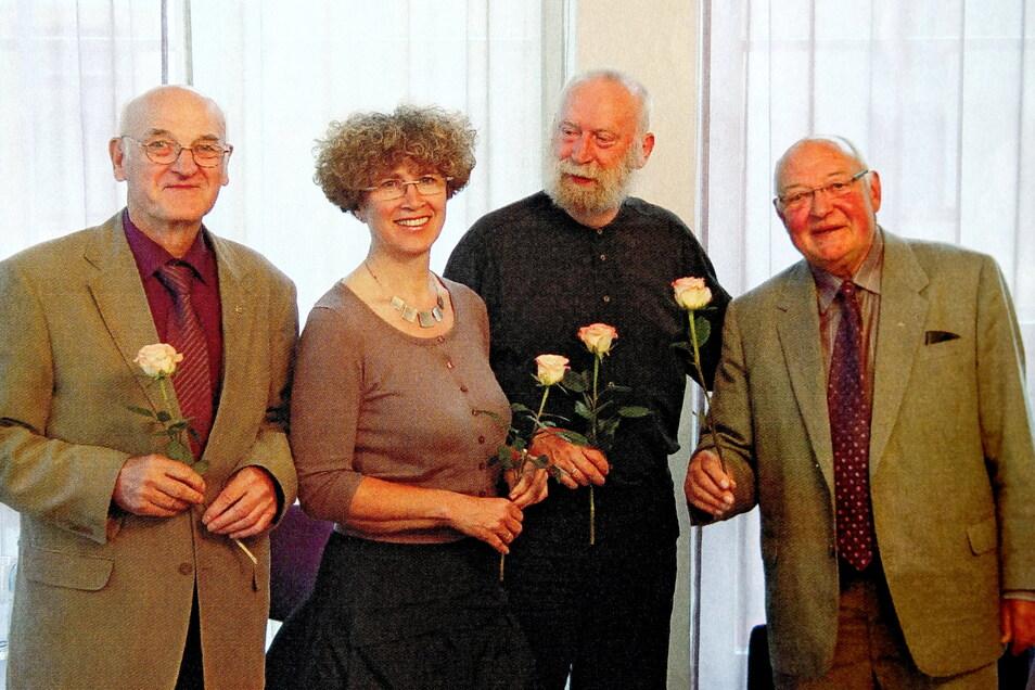Theaterbegeisterte Meißner: Peter Matthé, Annette Brück, Georg Krause und Karl-Heinz Schulz (v.l.n.r.). Prof. Schulz stand von 2011 bis 2017 an der Spitze des Theater-Fördervereins.