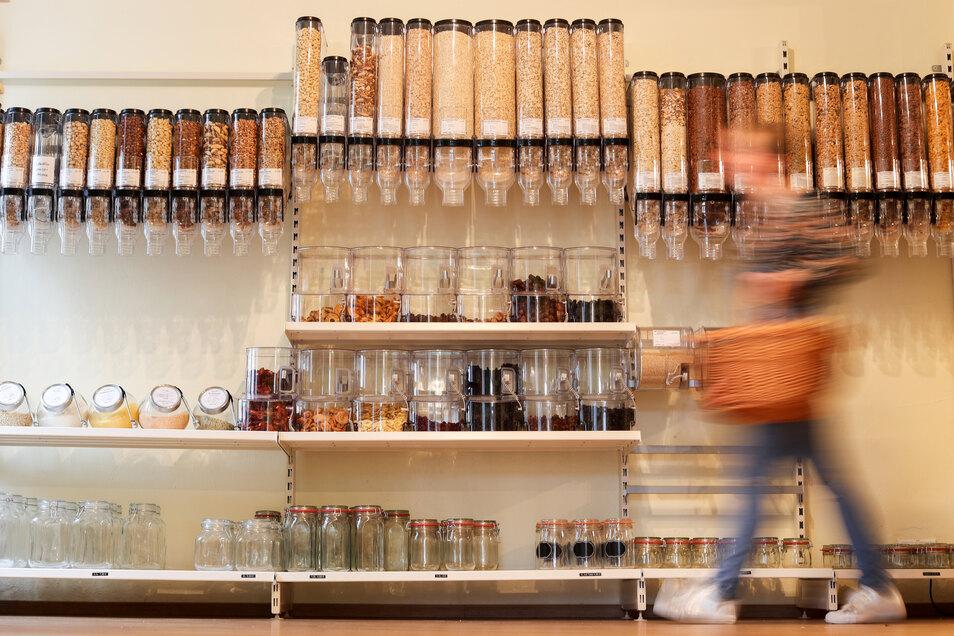 In Unverpackt-Läden werden die Waren ohne Verpackung angeboten. In Dresden gibt es drei davon.
