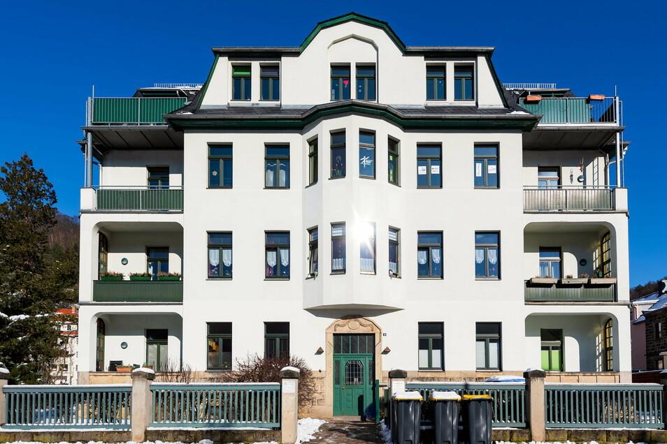 Dresdner Straße 6 in Bad Schandau: Die Arztpraxis in dem Haus ist geschlossen.