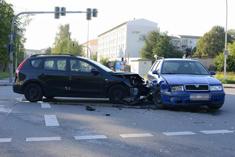 Ein Skoda und ein Hyundai waren in den Unfall verwickelt.