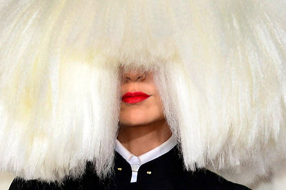 Das Regiedebüt von Sängerin Sia brachte der Australierin die Trophäe als schlechteste Regisseurin ein.
