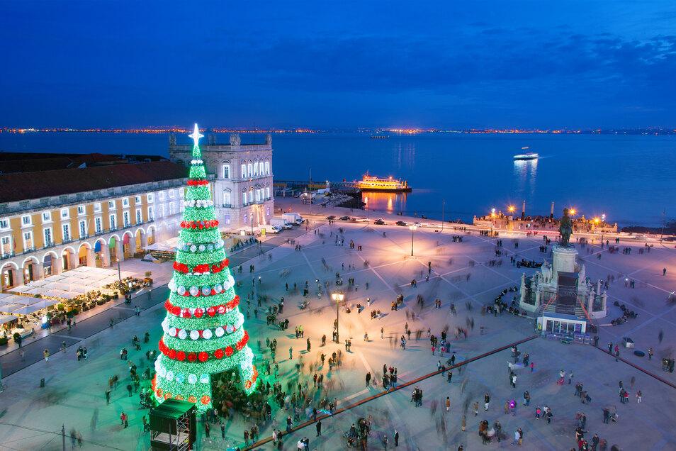 Lissabon im Festtagskleid Portugal