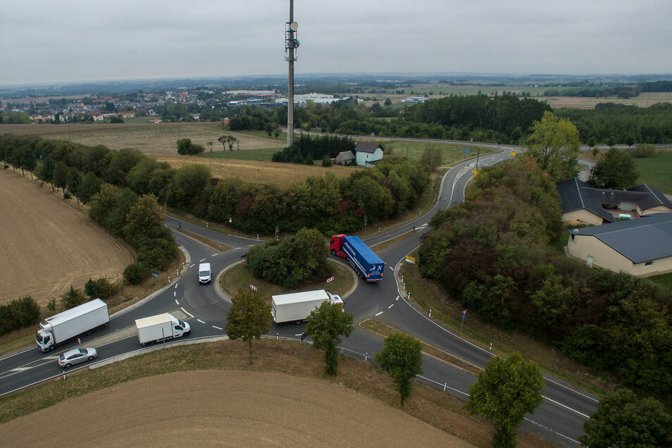 Im November 1992 startete der Bau eines neuen Kreisels.