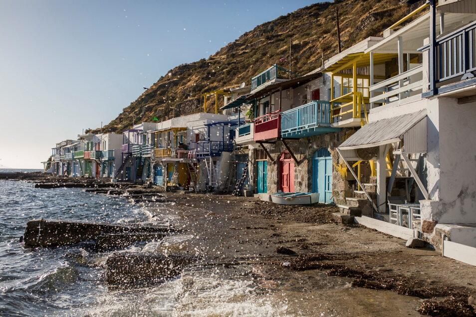 Am Samstag wird in Griechenland offiziell die Tourismus-Saison eingeläutet - Gastronomen, Hoteliers und Ladenbesitzer erwarten sie mit Hoffnung und Bangen gleichermaßen.
