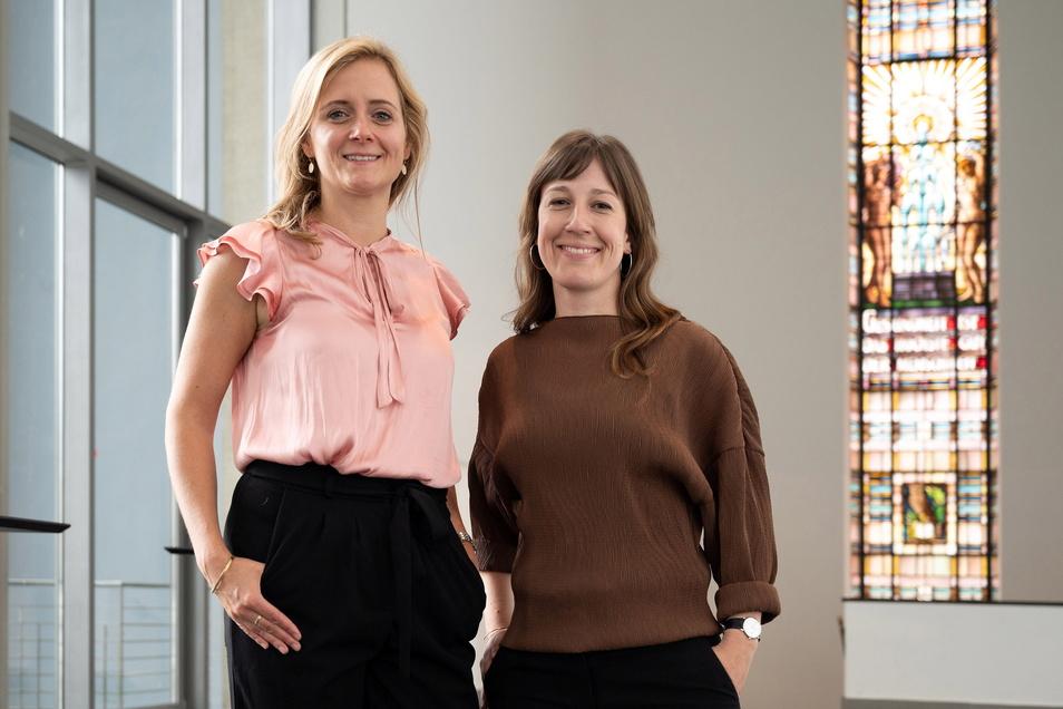 Hochzeitsplanerin Aniko Arzner (l.) und die kaufmännische Direktorin des Hygienemuseums, Lisa Klamka, freuen sich auf die neue Zusammenarbeit.