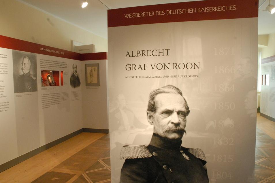 Seit 2006 zeigt das Schloss Krobnitz eine Dauerausstellung zum preußischen Kriegsminister Albrecht Graf von Roon. Nach 15 Jahren ist sie nicht mehr zeitgemäß und soll bald ersetzt werden.
