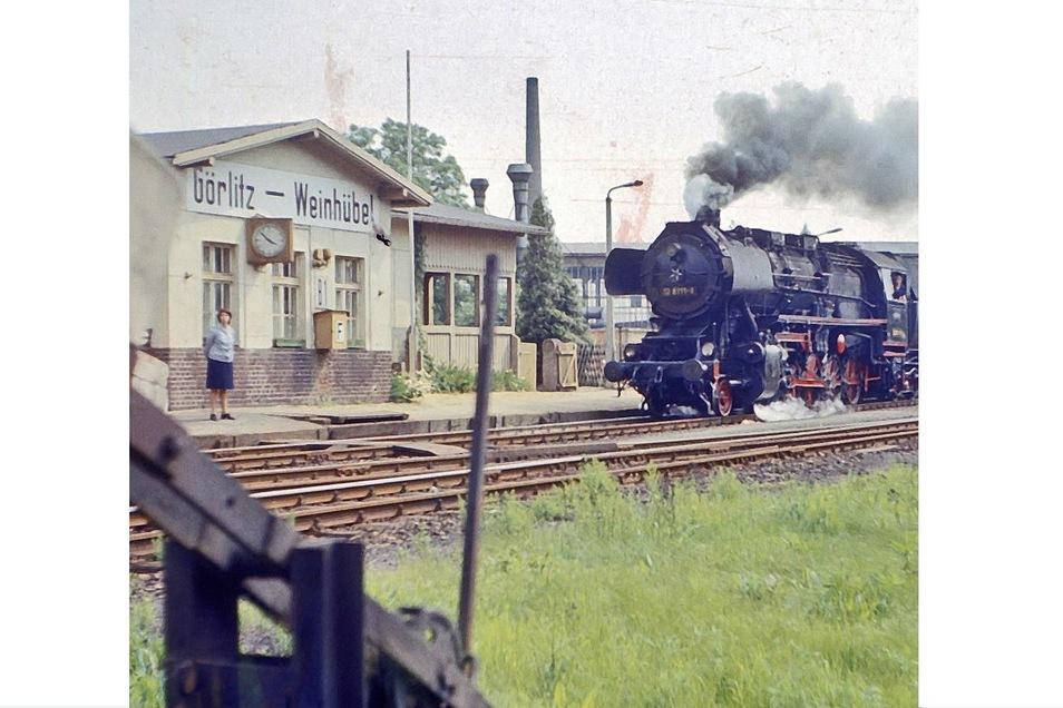 Es war 1996, als wieder einmal ein Aus für ein Eisenbahnobjekt kam: Vor nunmehr 25 Jahren endete die langjährige und wichtige Geschichte des Bahnhofes von Görlitz-Weinhübel.