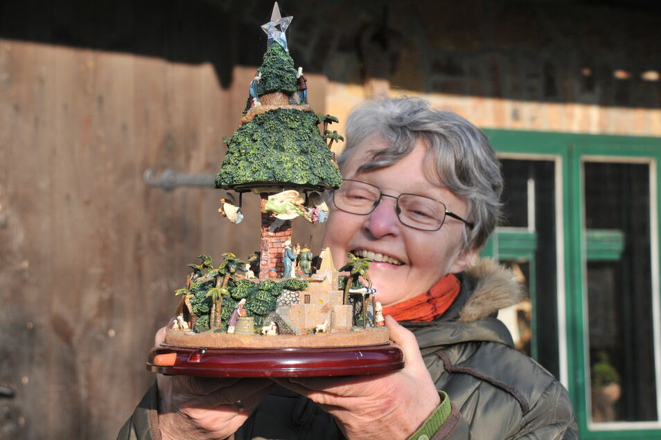 Katrin Müller sammelt Krippen. Das ist ein Exemplar aus Norwegen.