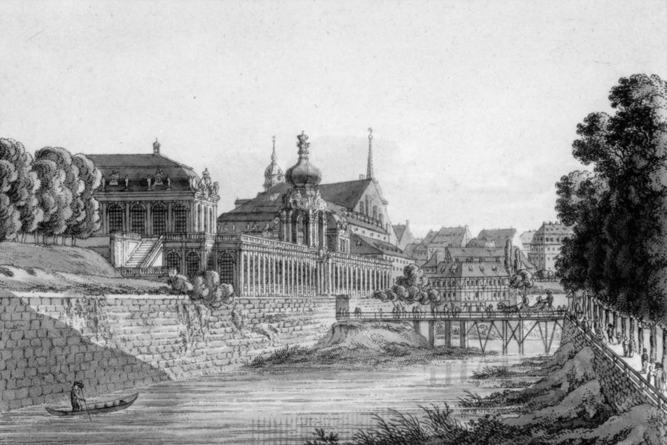 Das ist die Zwingerbrücke um 1812. Sie wurde wenige Jahre später abgerissen, als man auch den Stadtgraben unterm Kronentor verfüllte. Die erste Zwingerbrücke war 1718 fertiggestellt worden.