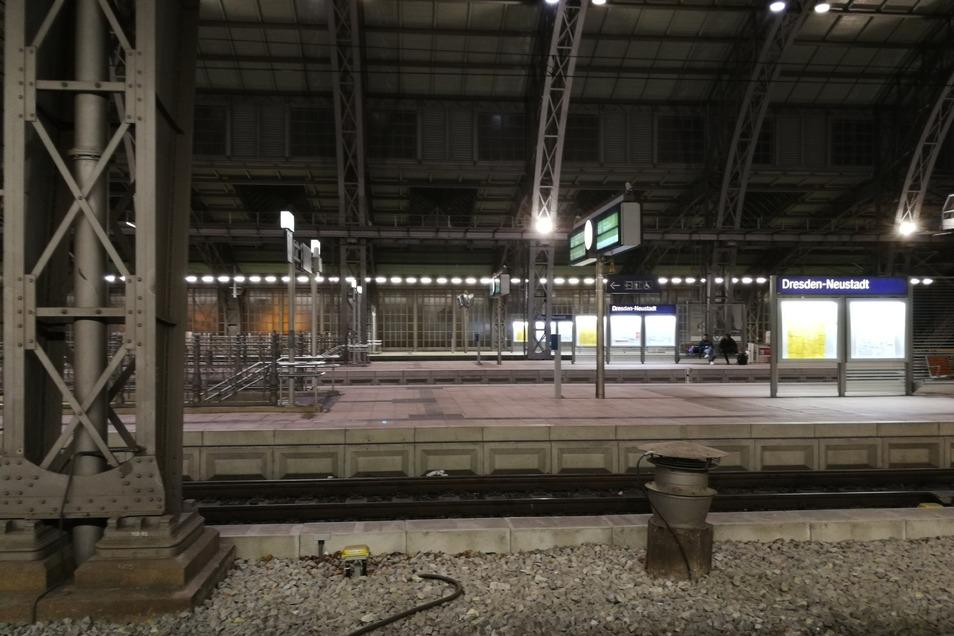 Der Bahnhof Neustadt ist verlassen.