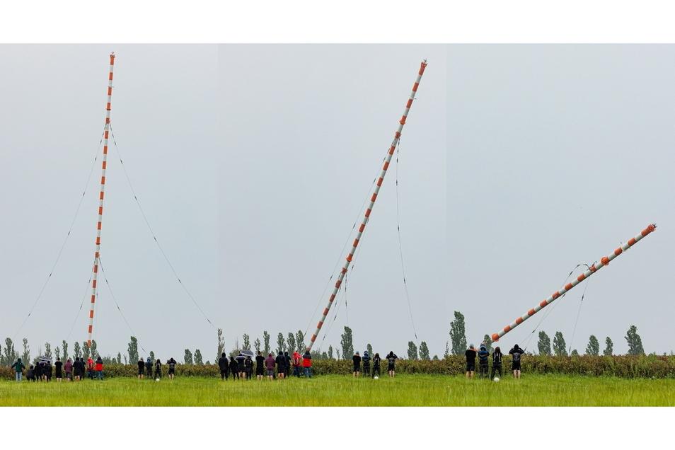 Die Bildkombi zeigt, wie die Antenne fällt.