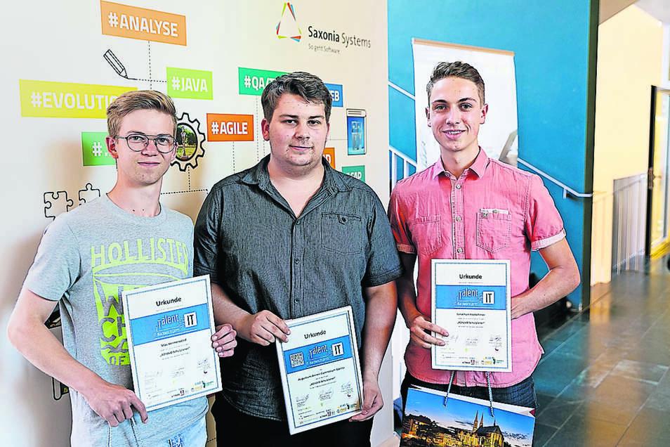 Max Hennersdorf, Louis Rädisch, Jonathan Kretschmer (v.l.) gewannen den IT-Nachwuchspreis.