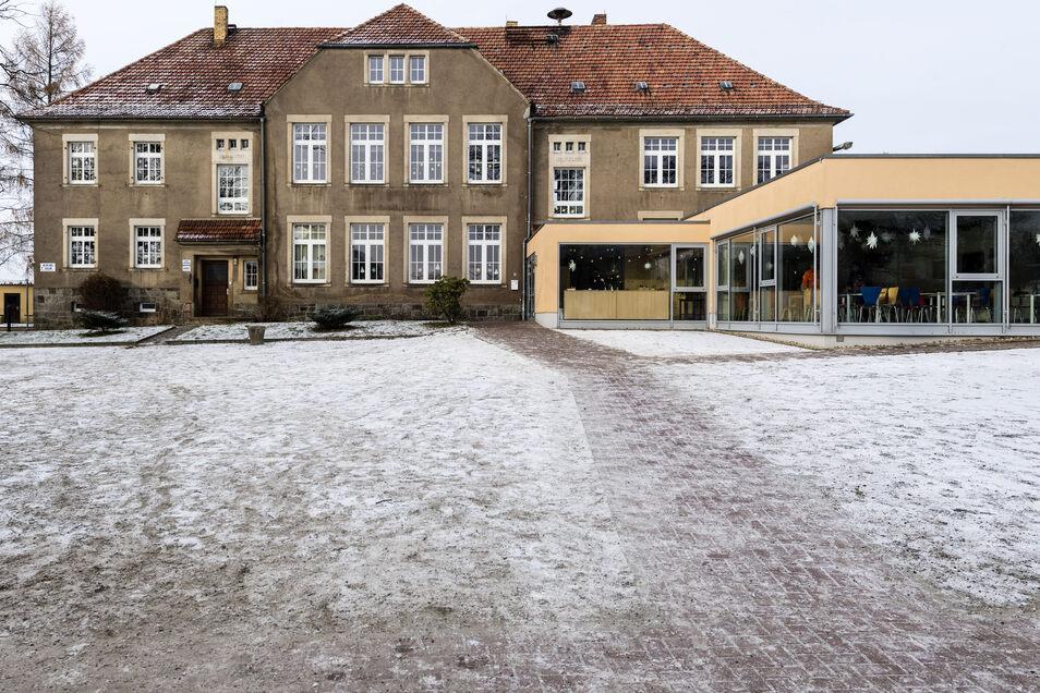 Die Grundschule Goldbach wird durch einen Neubau ersetzt.