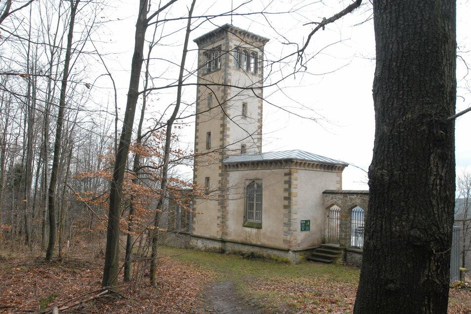 Ottos Eck steht im Naundorfer Schlosspark. Nach diesem Pavillon hat sich auch der Heimatverein des Ortes benannt.