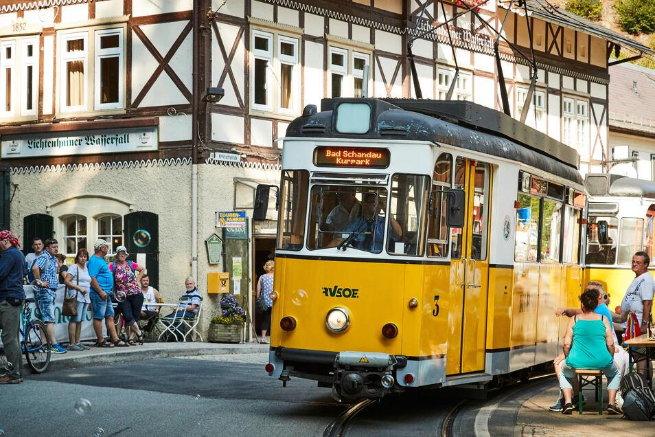 Natürlich darf die Kirnitzschtalbahn beim Fest nicht fehlen.