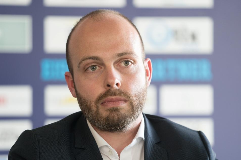 Eislöwen-Geschäftsführer Maik Walsdorf ist verwundert und kann sich die Ablehnung durch die Liga nicht erklären.
