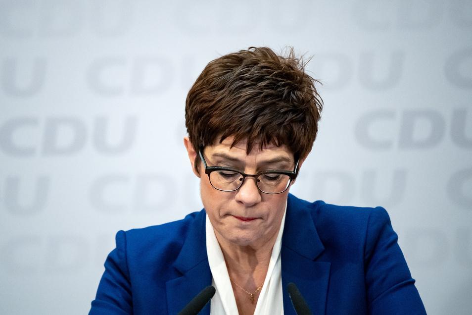 Annegret Kramp-Karrenbauer äußerte sich bei einer Pressekonferenz zu ihrem Rücktritt.