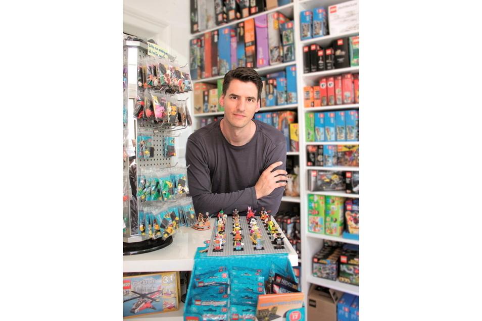 Der Youtuber Thomas Panke musste Videos löschen, in denen er Bausteine eines anderen Herstellers als Lego bezeichnet hatte.