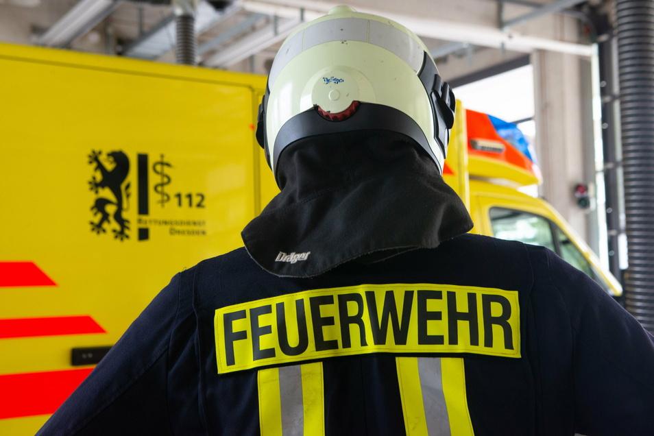 Leichtes Werkzeug brauchte die Feuerwehr für einen Einsatz im Marienkrankenhaus Dresden-Klotzsche.