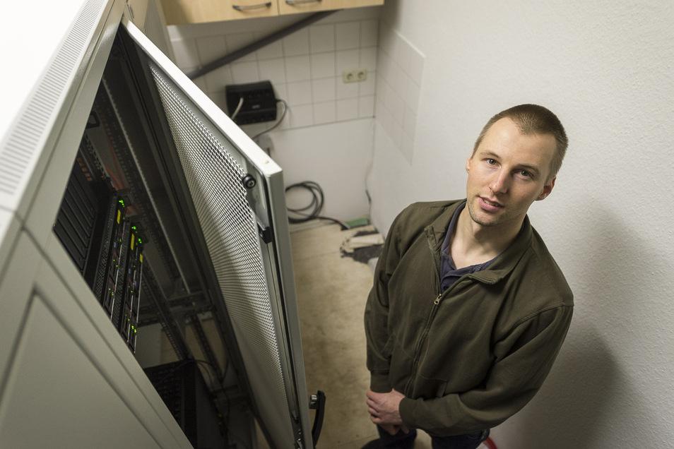Lebt gern in Hagenwerder und sieht einen Aufwärtstrend: Manuel Kretschmar, der eine Internetfirma hat.