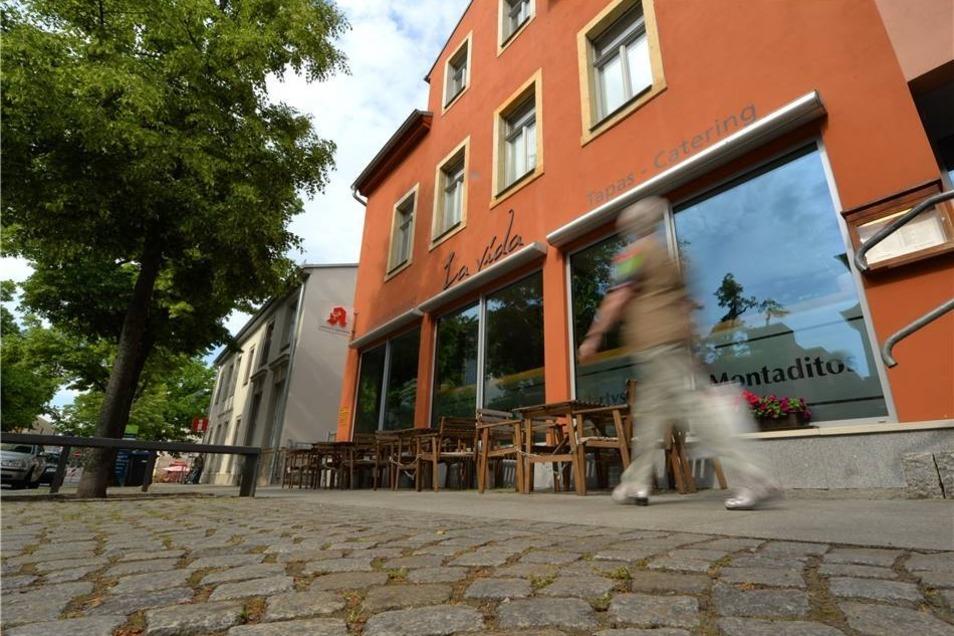 Ost: Vereinzelte Gaststätten ergänzen das Viertel, wie hier an der Hauptstraße.