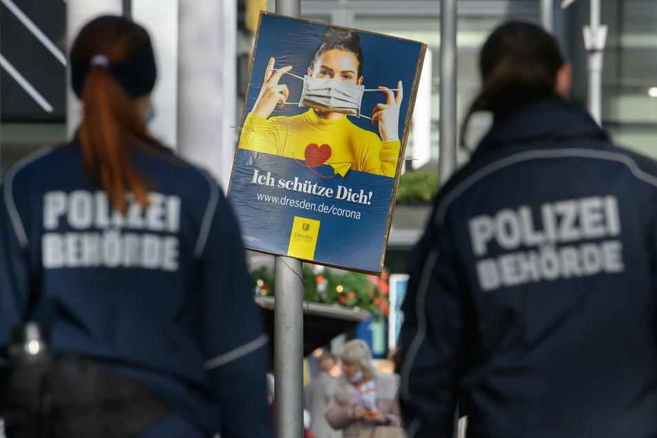 Im Februar wurde im Dresdner Stadtgebiet überprüft, ob sich alle an die Corona-Regeln halten. Der Verzicht auf die Maske ist nun deutlich teurer.