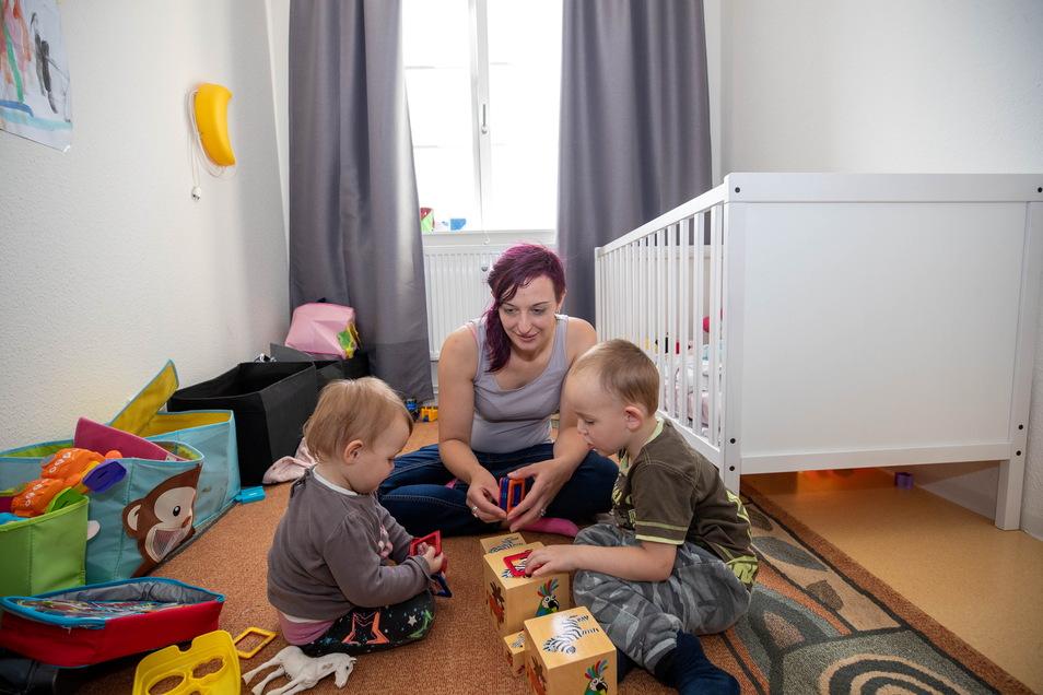 Die schönsten Momente für Anke G. sind die Spielstunden mit ihren Kindern Freya und Nils in der Mutter-Vater-Kind-Einrichtung in Bannewitz.