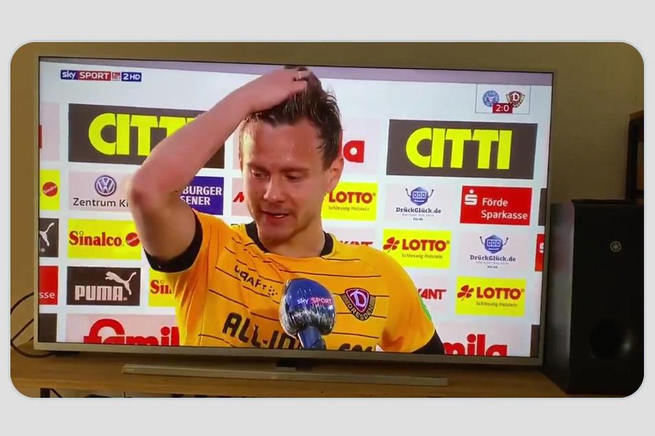 Mit Tränen in den Augen und deutlichen Worten hat Chris Löwe im Juni den Ligaverband wegen seiner Corona-Politik attackiert, nun kämpft er mit Dynamo um den Wiederaufstieg.