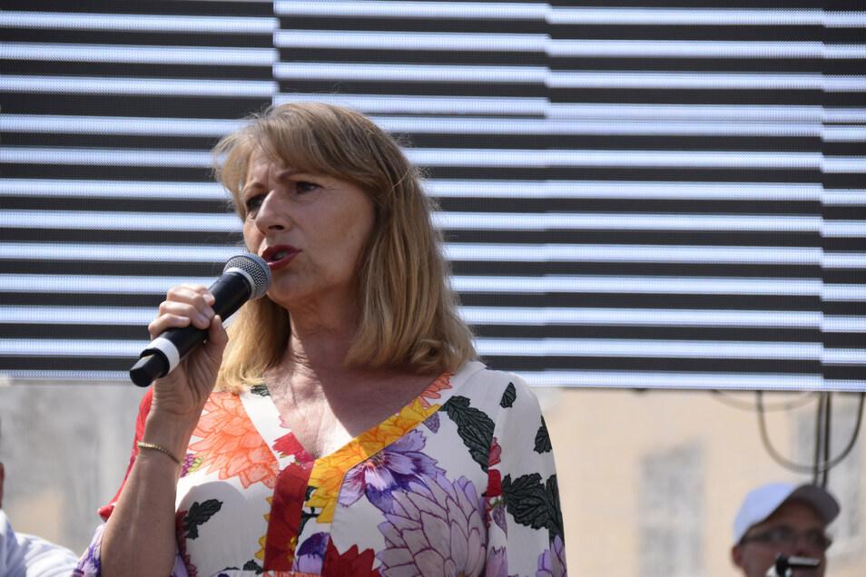 Ministerin Petra Köpping vor einem Monat beim Dresdner CSD.