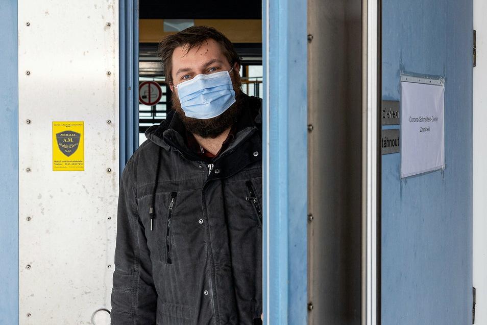 Markus Wiesenberg vom Altenberger Bürgerbüro hat die Teststation in Zinnwald mit eingerichtet.
