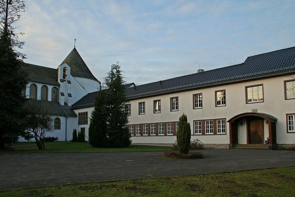 Bisher leben die Trappistinnen noch in den Klostergebäuden in Dahlem (Foto).