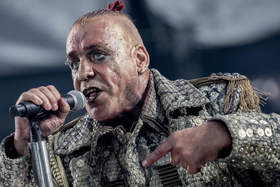 Till Lindemann, Frontsänger von Rammstein, hat sich als Pilot versucht.