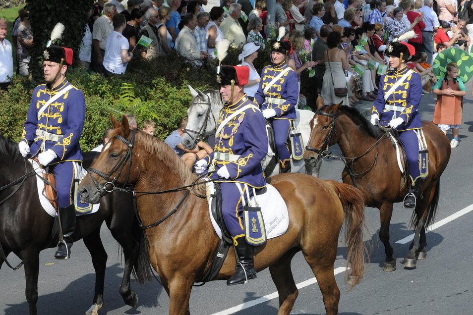Da ritten sie noch, die Großenhainer Husaren. Es war die letzte Aktion dieser Art des Vereins, der mittlerweile leider keine Pferde mehr hat.