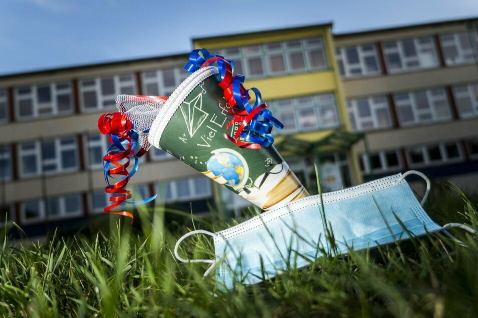 2.466 Kinder wollen im Landkreis Görlitz Anfang September die Zuckertüte in den Händen halten.