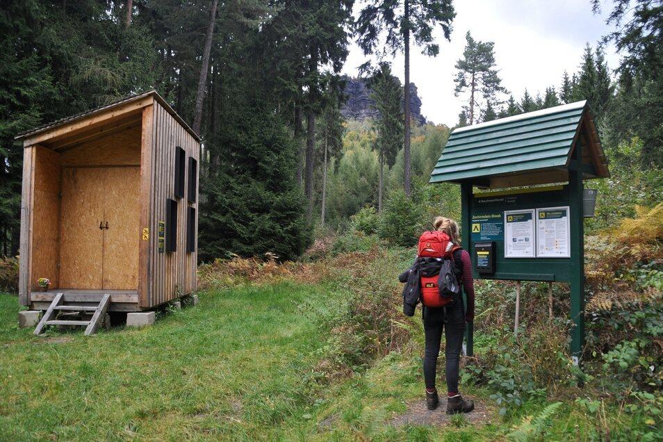 Am Forststeig können Wanderer ihr Zelt an einem Biwakplatz (Foto) aufschlagen oder in Trekkinghütten übernachten.