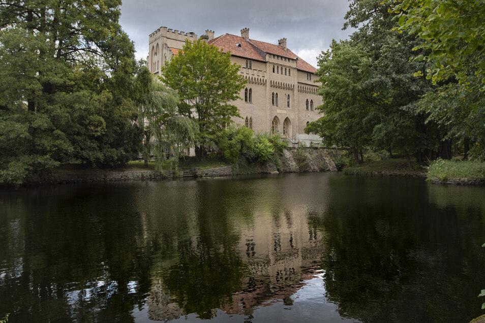 Künftig touristischer Leuchtturm für die Region? Blick auf Schloss Seifersdorf.