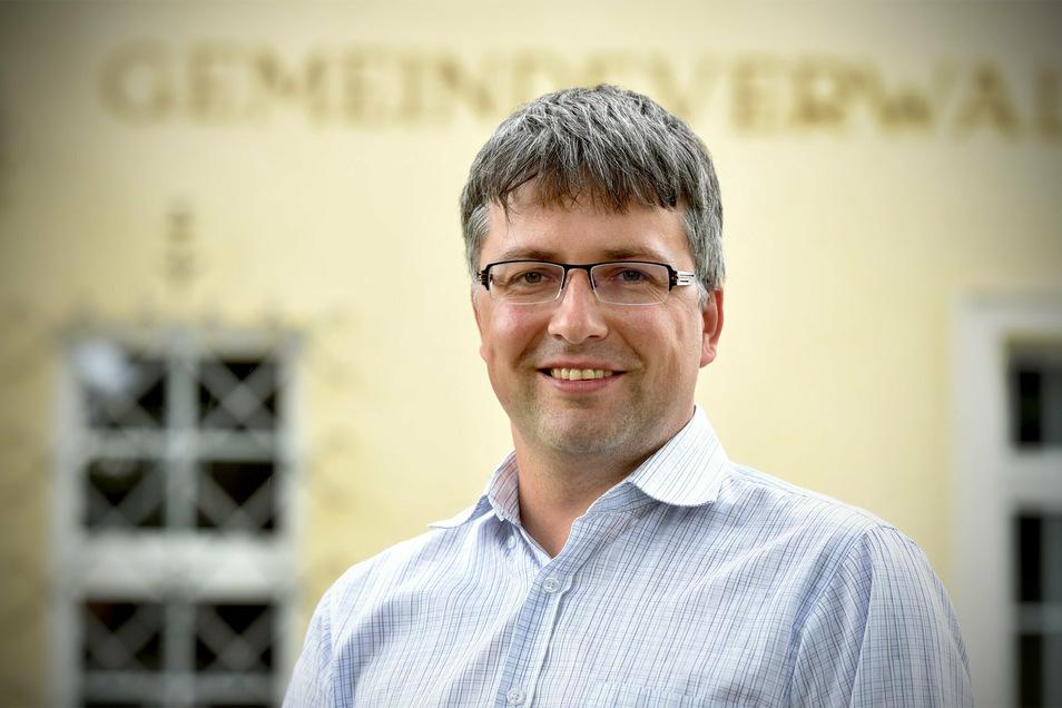 Cornelius Stempel ist seit 100 Tagen Oderwitzer Bürgermeister und hatte einen turbulenten Start.