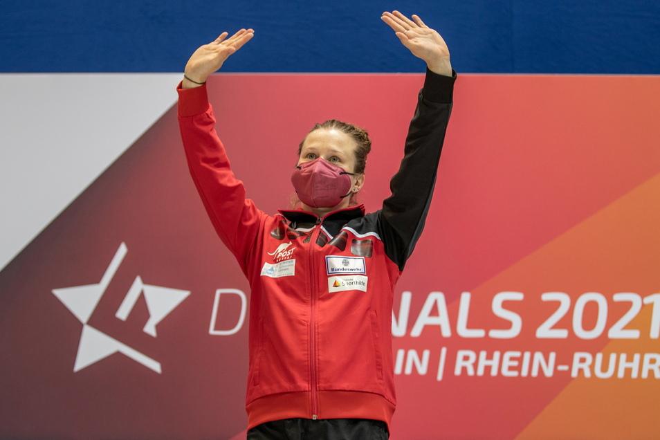 Die Siegerin vom 3-Meter-Brett: Tina Punzel von Dresdner SC 1898 e.V.