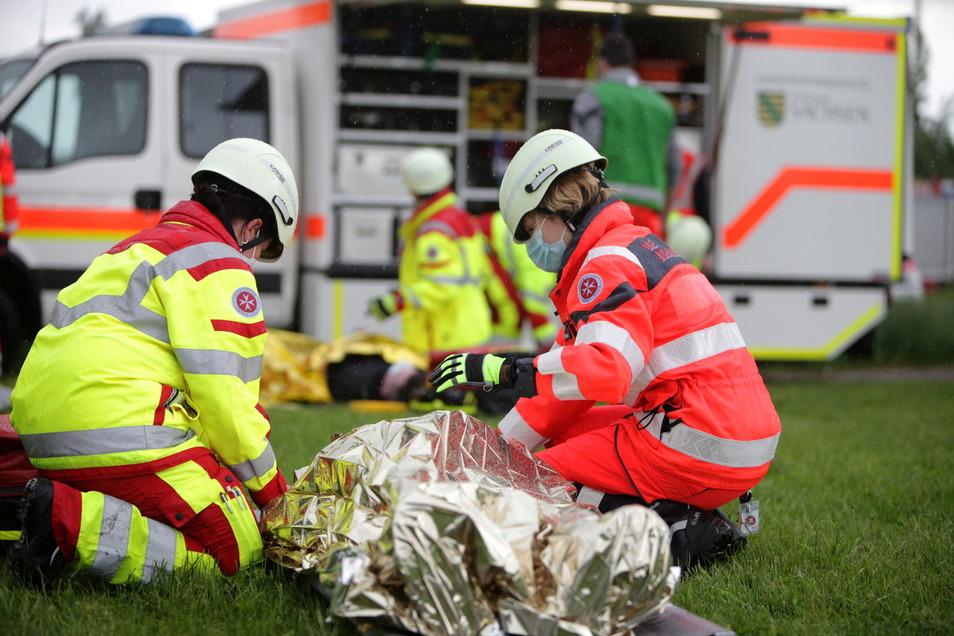 Die Versorgung mehrerer Verletzter wurde simuliert.