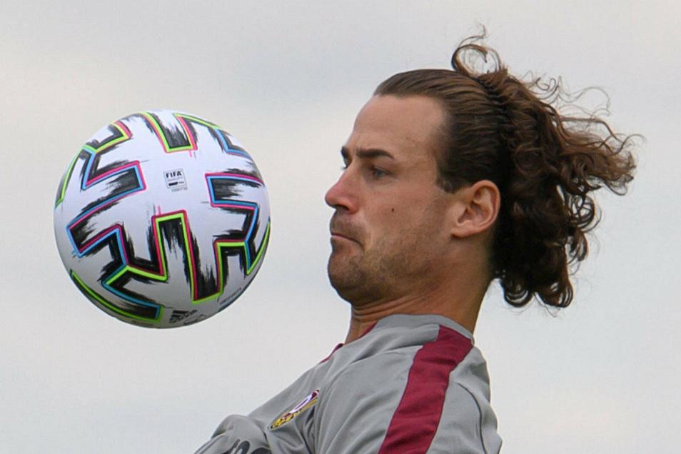 Stark am Ball: Dieser Neue kennt Dynamo gut. Yannick Stark hat schon oft gegen Dresden gespielt.