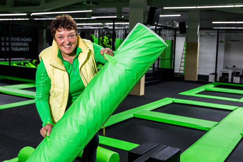 Von Mittwoch bis Sonntag öffnet Andrea Hartkopf ihren Trampolinpark Jump Up in Hoyerswerda.