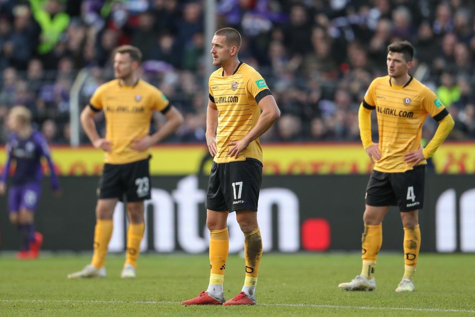 Frustrierte Dresdner: Florian Ballas (l.), René Klingenburg und Jannis Nikolaou.