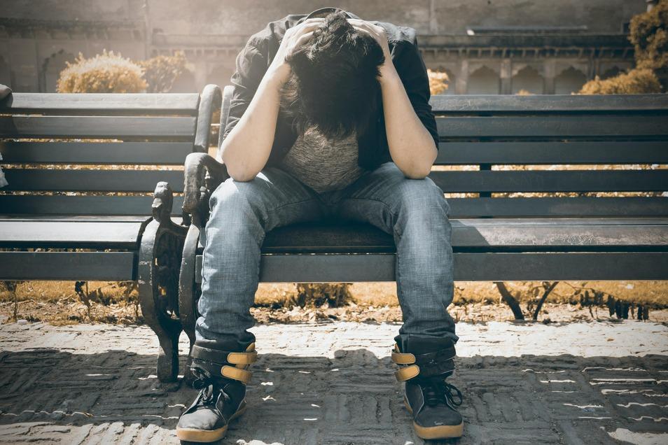 Sich müde, energie- und motivationslos zu fühlen ist keine Schande. Man sollte die Zeichen seines Körpers jedoch rechtzeitig als Warnung ernst nehmen.