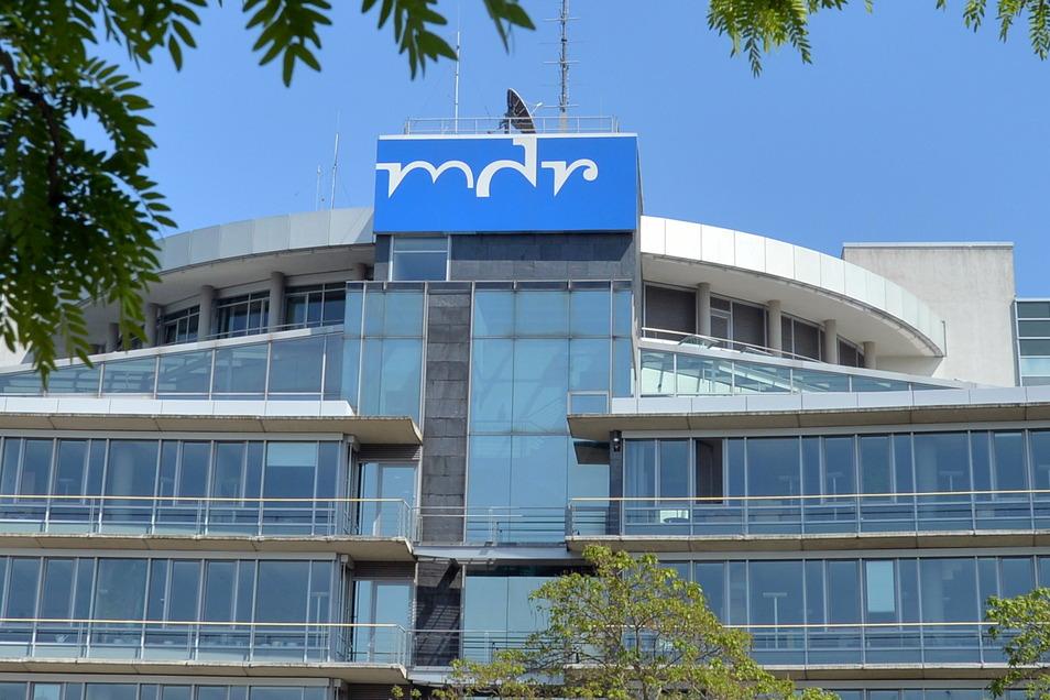 Blockierter Rundfunkbeitrag, Streit um den Staatsvertrag - der MDR ist in ein schwieriges Jahr gestartet.