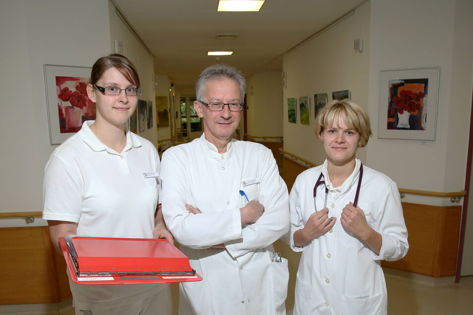 2015 stieg Sandra Beinlich (rechts) als Assistenzärztin im Krankenhaus Emmaus Niesky ein, nun hat sie das Facharztzentrum verlassen und wird ab Frühjahr 2022 ihre eigene Praxis leiten.