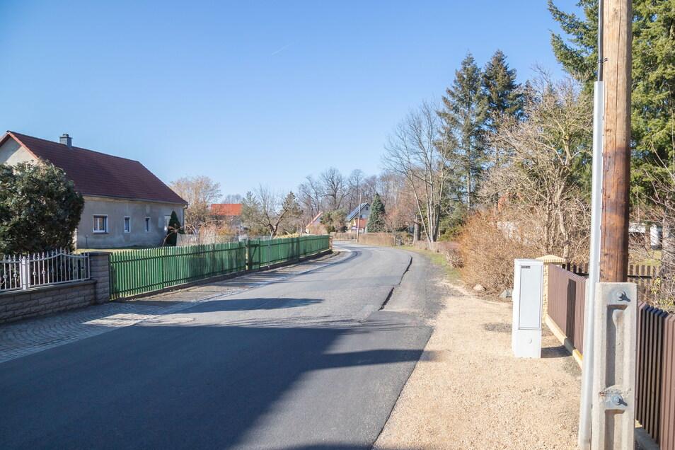 Anfang und Ende. Die Martin-Voß-Straße in See soll in diesem Jahr weiter gebaut werden. Der Anfang wurde vergangenen Herbst ortseinwärts gemacht.