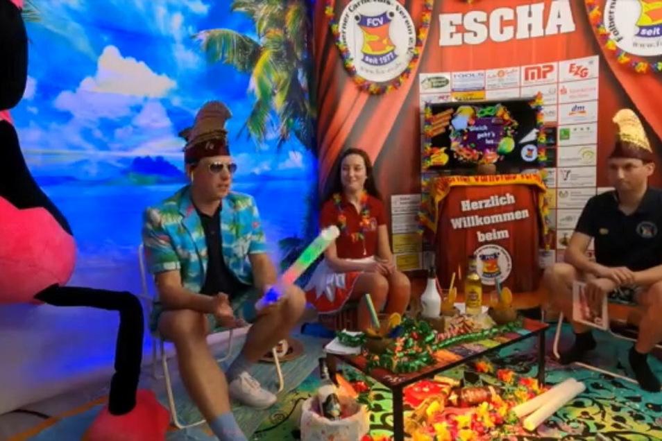 Dominique, Lisa und Dirk (v.l.) im TV-Studio des Folberner Carneval Vereins