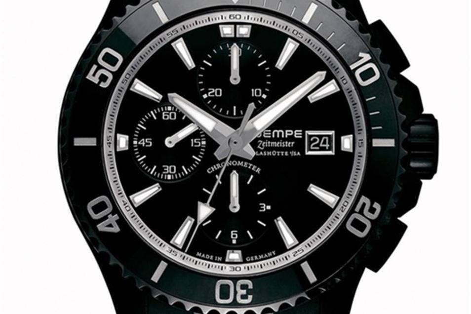 Eine Uhr für Taucher Mit der Zeitmeister Sport Taucher Chronograph wendet sich Wempe an die sportlich-aktive Menschen. Die Uhr mit dem Automatikwerk kostet 3 975 Euro .