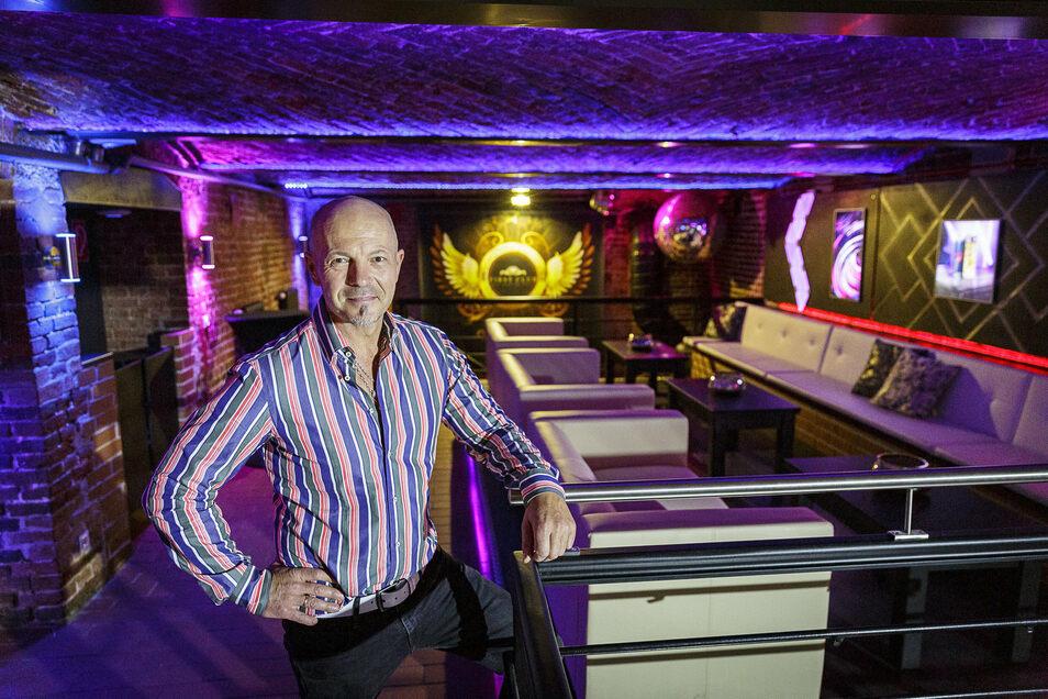 Vor einem Jahr startete er optimistisch: Mario Cichy, der neue Manager des First Club. Jetzt ist der Laden vorerst dicht.