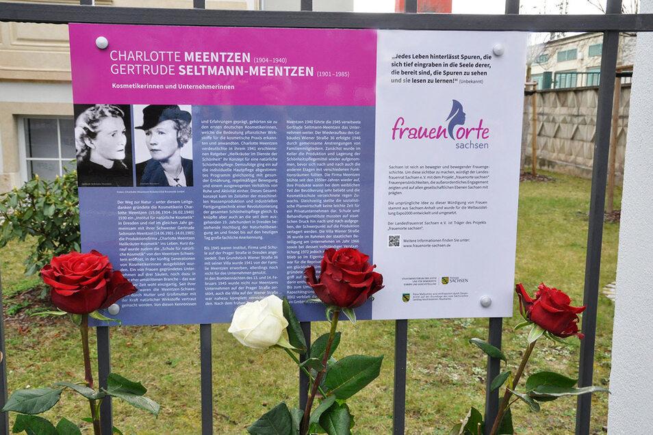 An der Villa in der Wiener Straße 36 in Dresden erinnert seit dem 26. Februar 2020 eine Gedenktafel an Charlotte Meentzen und ihre Schwester Gertrude Seltmann-Meentzen.